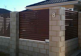 Brown Color Aluminum Dura Slats Fences In A Bungalow